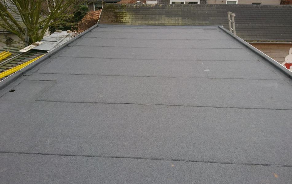 Dakdekker voor platte dak in Druten