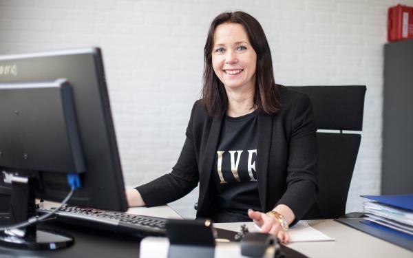 Dakdekkersbedrijf Nijmegen Sharon de Jong