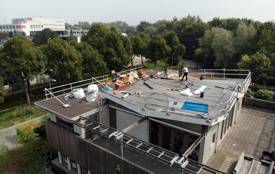 Ik zoek een dakdekker in Maas en Waal
