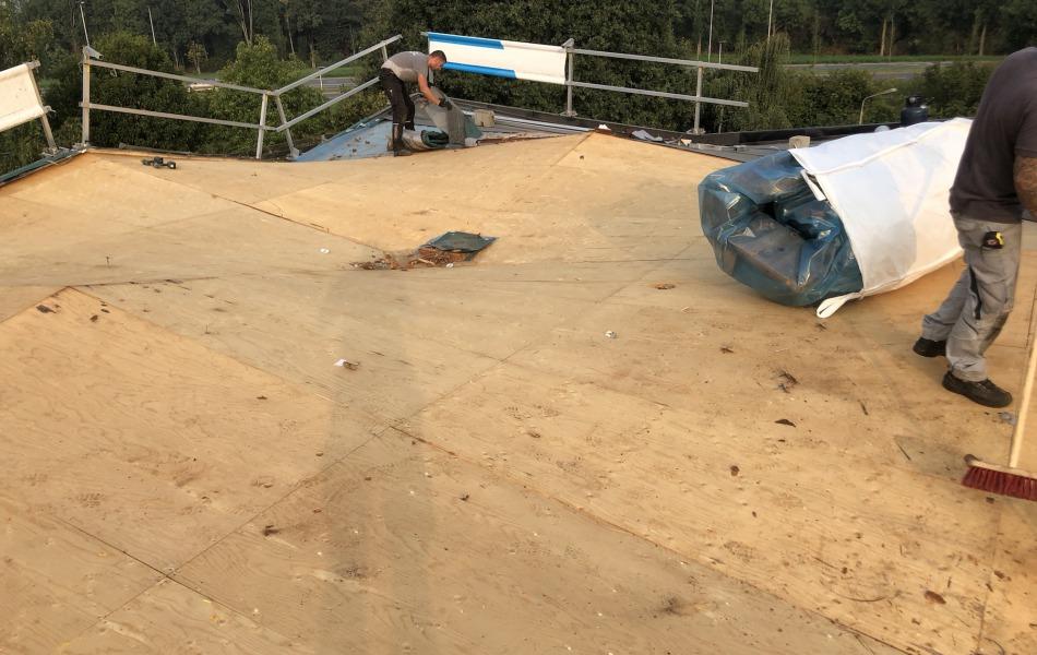 verbouwing in Nijmegen ik zoek een dakdekker