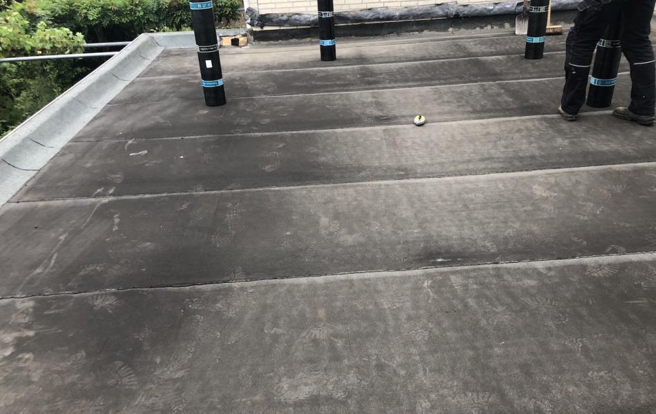Renovatie plat dak door dakdekkersbedrijf uit Malden