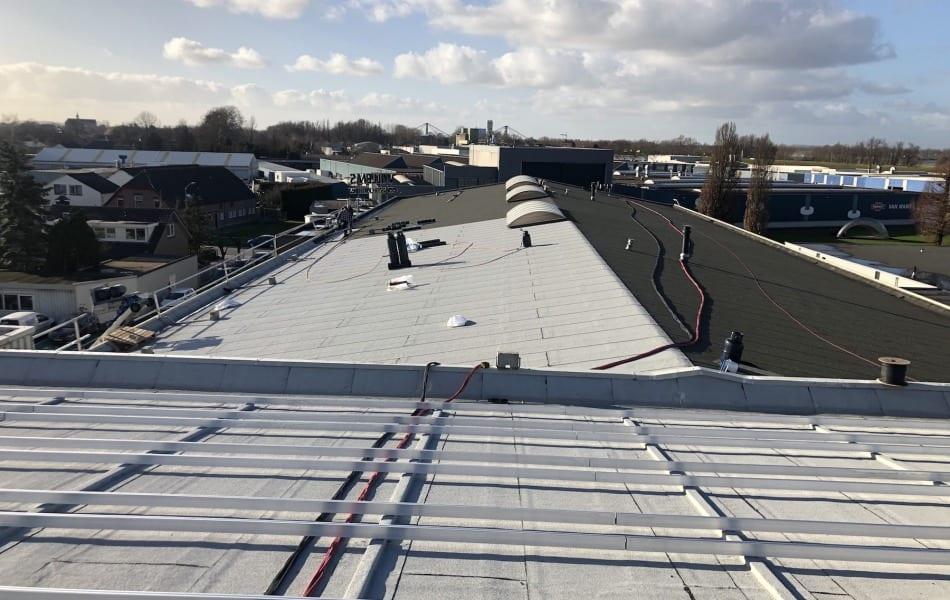 Dakrenovatie door dakdekkersbedrijf in Wijchen en Beneden Leeuwen